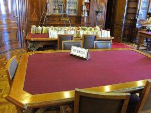 Die Bibliothek der Regierung